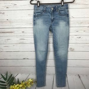 American Eagle Super Stretch Light Wash Jegging V9